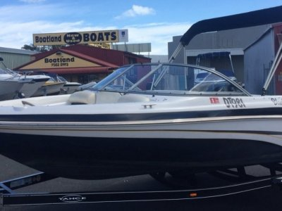 Tahoe Q4 Bowrider - One Owner