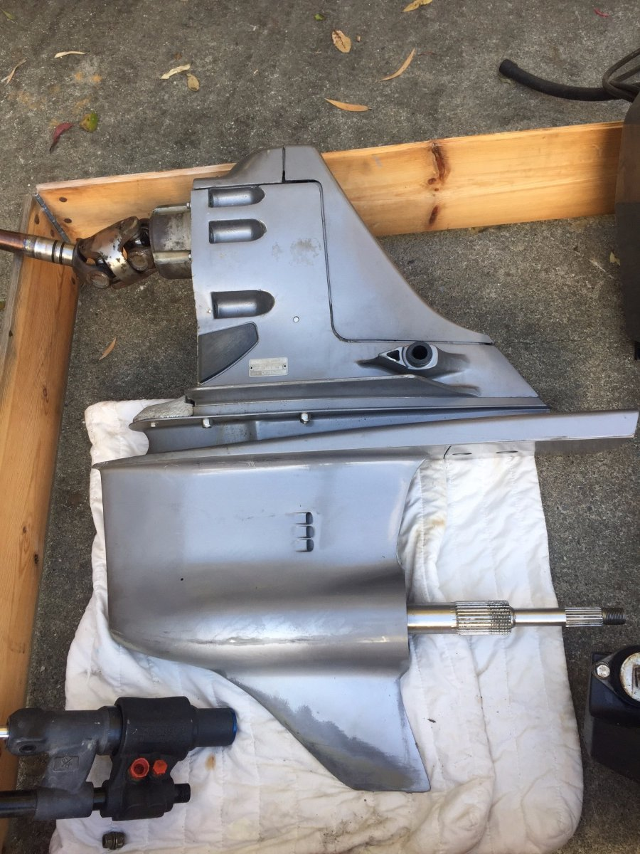 Duo Prop with trnsom plates. Suits any V8 Volvo