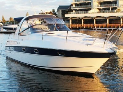 Bavaria Sport 32 **RARE 32 Sport with Twin 300Hp MAG MPI Mercruiser