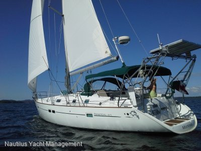 Beneteau Oceanis 411 2 Cabins Version. Set up for offshore cruising.
