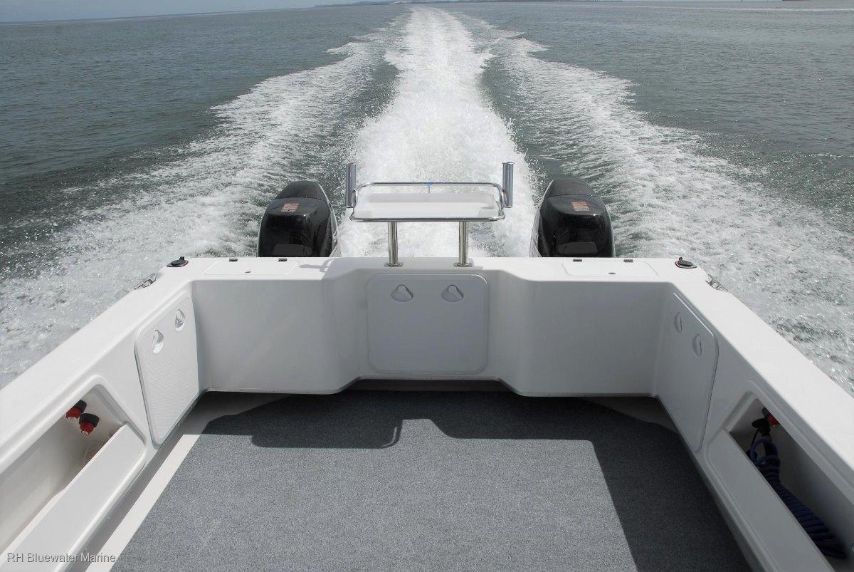 New Kevlacat 2400 Offshore