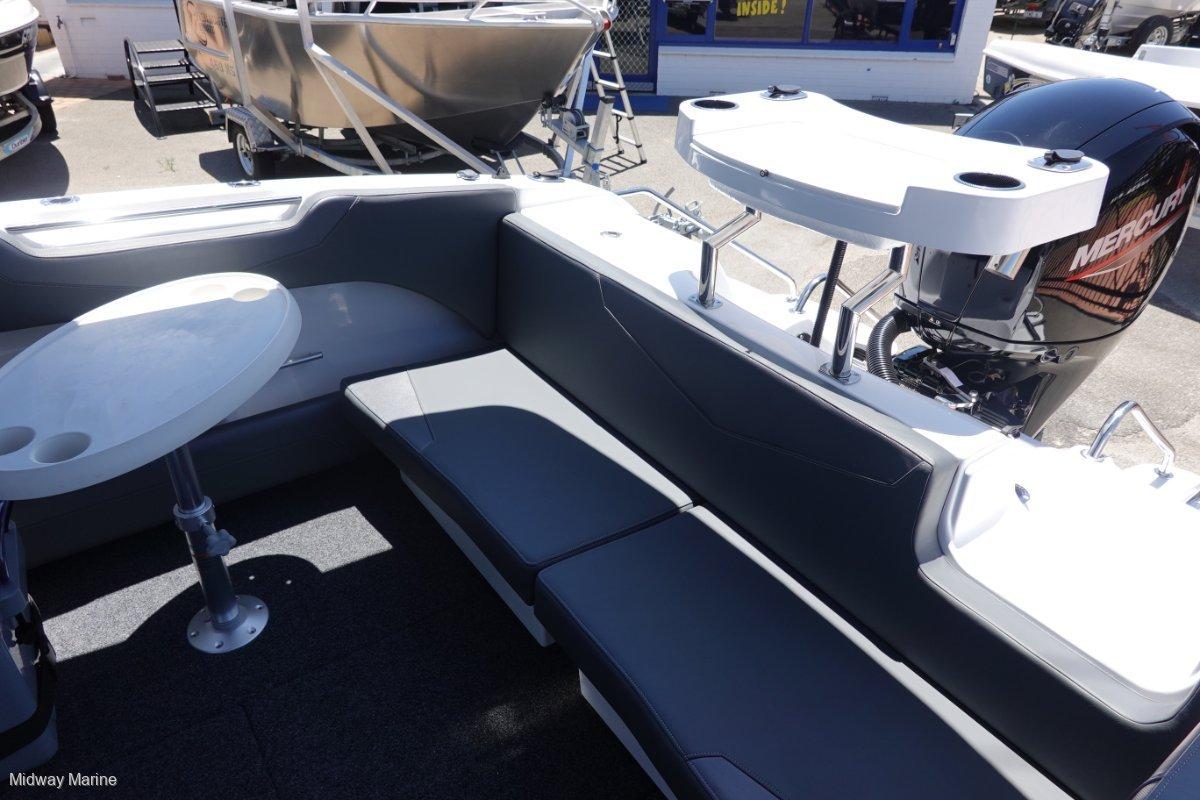 New Revival 640 Weekender