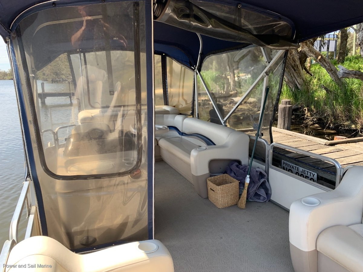 Sun Tracker Party Barge 22.... $3500 recently spent!!