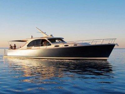 Palm Beach Motor Yachts 55 Express
