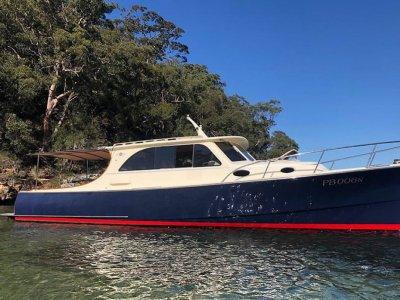 Palm Beach Motor Yachts 38