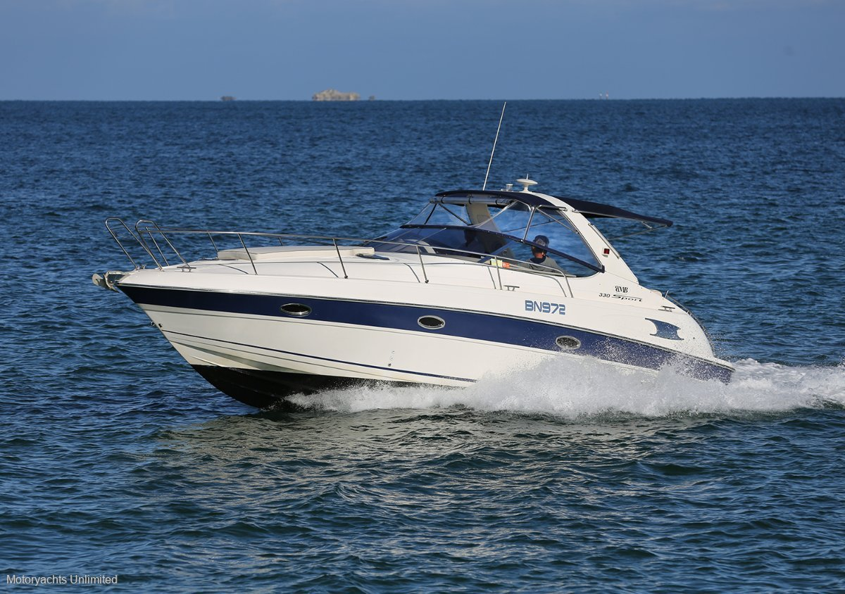 Bavaria Sport 330 A stable platform for cruising riviers or oceans