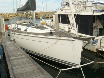 Hanse 430E- Click for more info...