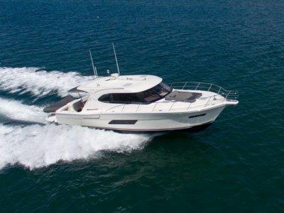 Riviera 445 Suv -