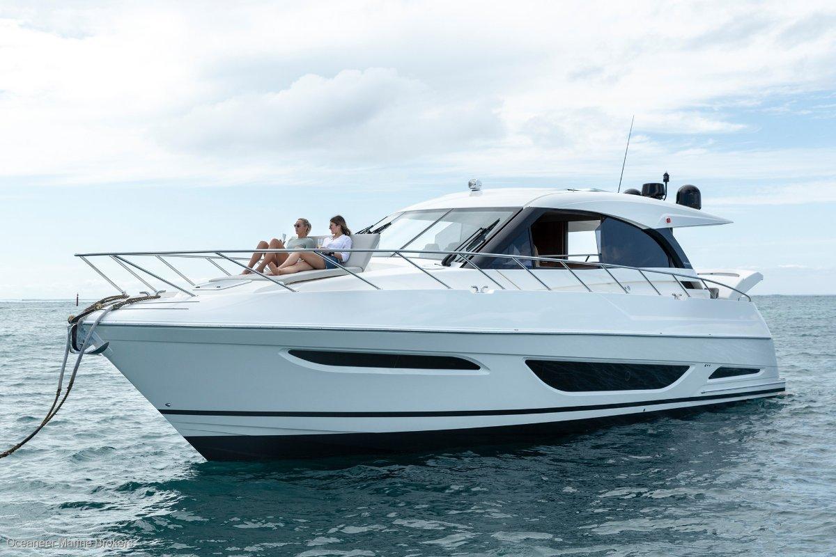 Maritimo X50 Sports Motor Yacht