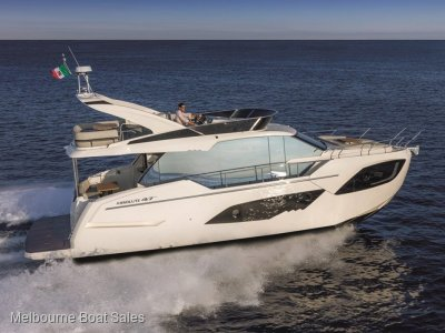 Absolute 47 Fly - 3 SPACIOUS CABINS