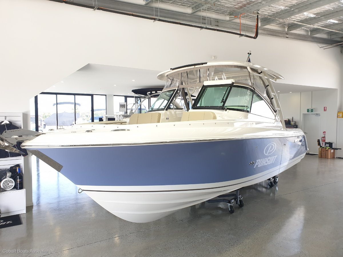 Pursuit DC235 Dual Console 235