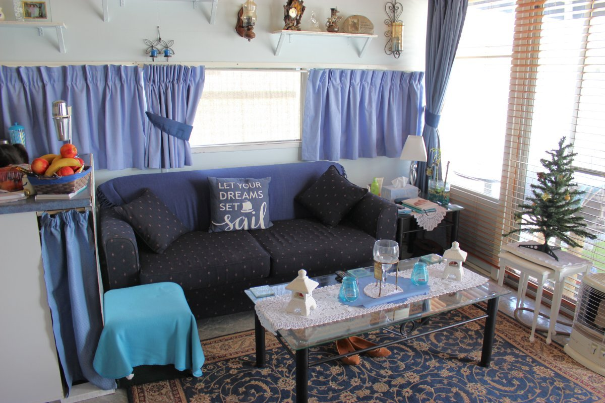 HOUSEBOAT - PRICE REDUCED TO $67,000