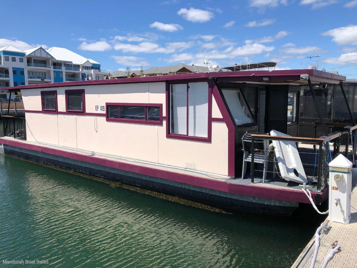 Custom 13.5M aluminium houseboat