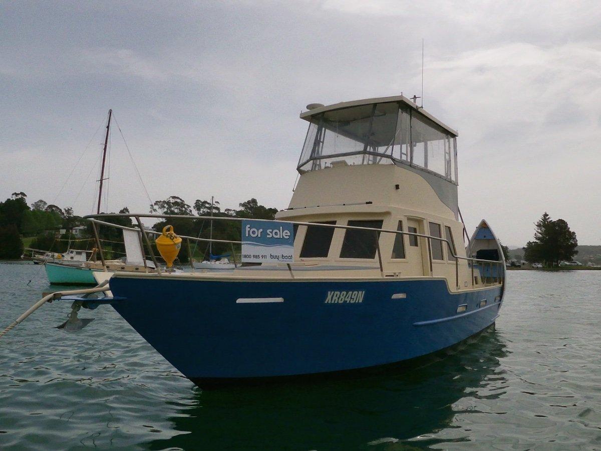 35 Steel Flybridge Cruiser