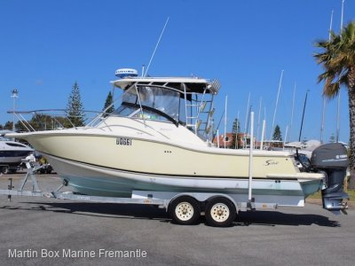 Scout Abaco 28 with twin Yamaha Four Strokes