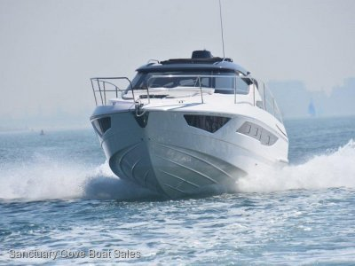 Focus 33 Twin Diesel, Twin Cabin, MoTeC Digital Display