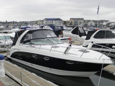 Chaparral 330 Signature 2005 new engines full restoration just completed