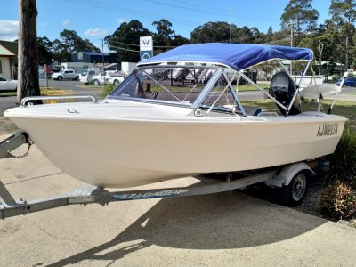 Haines Hunter 400 Runabout