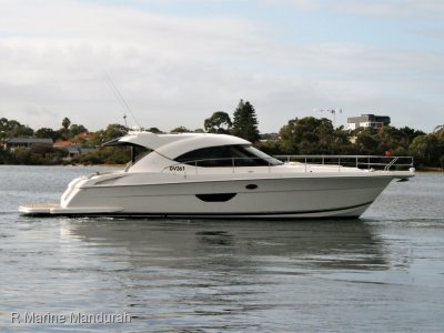 Riviera 4400 Sport Yacht *** A DAY IN THE OFFICE ***$565000***