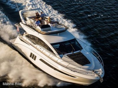 Sea Ray Flybridge HUGE FLYBRIDGE AND SO MUCH ENTERTAINING SPACE