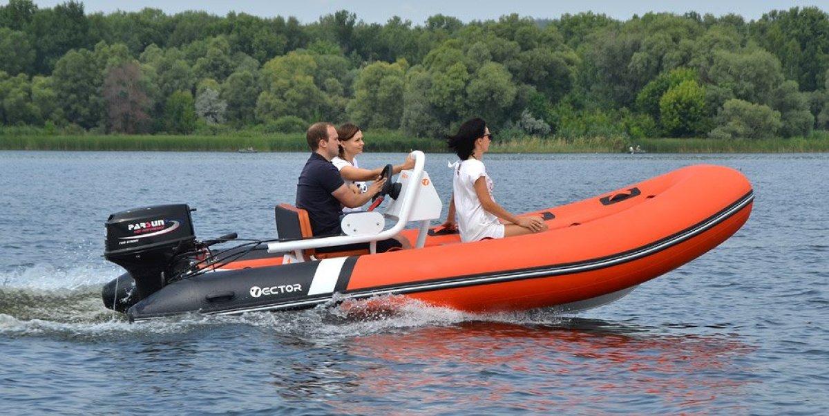 Vector Ribboat RIB 450