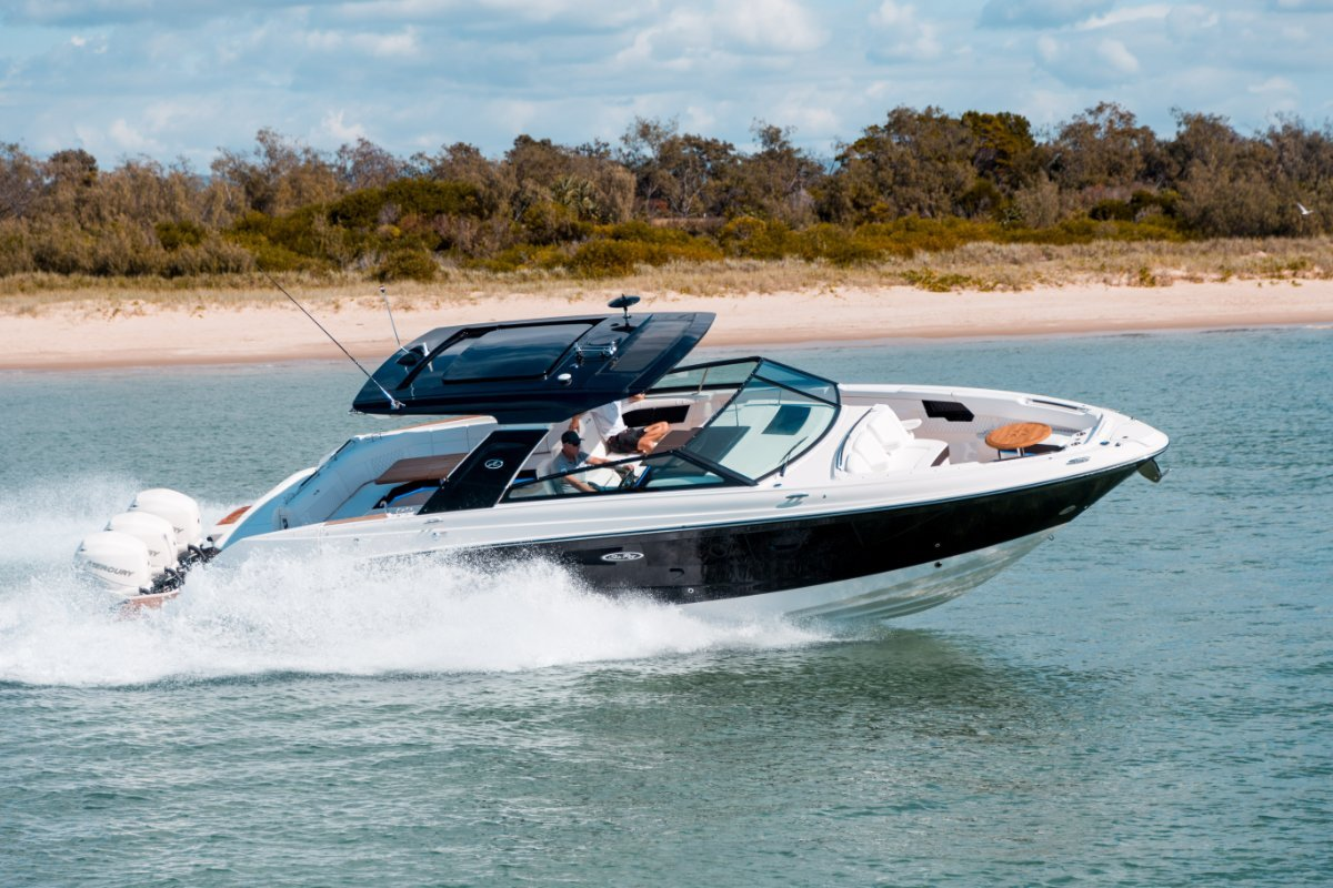 Sea Ray 400 SLX OB Bowrider