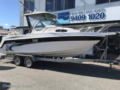 Haines Hunter 680 Patriot Hardtop with one owner from new