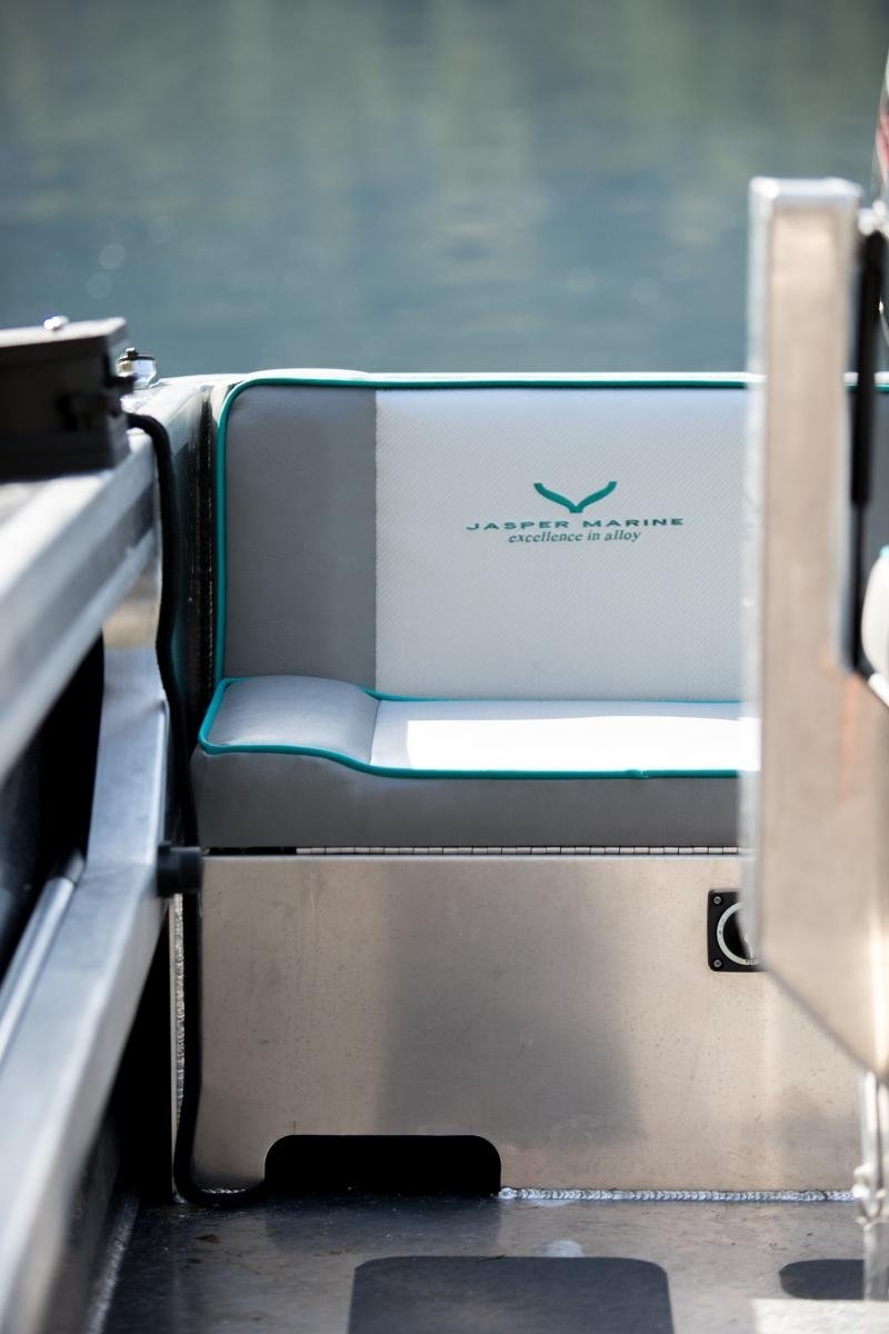 18ft Centre Console Runabout