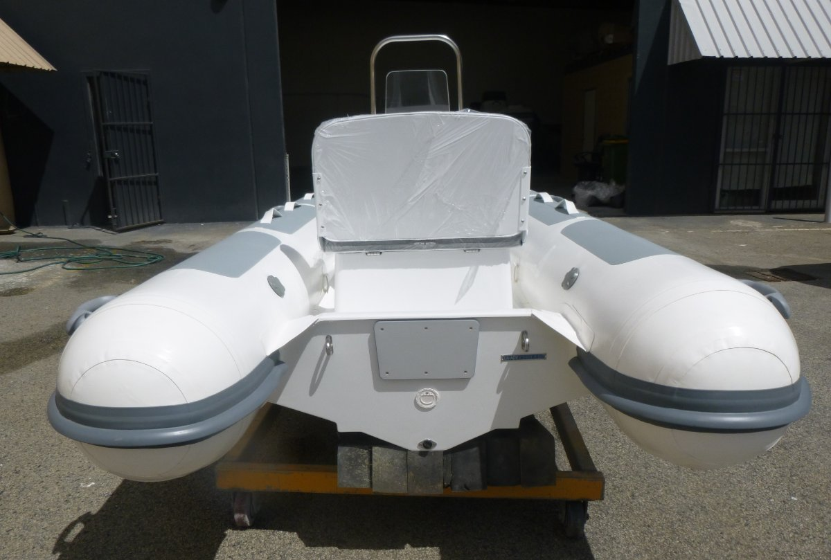 Adventure Inflatables Aurora V345 Centre Console - CURRENTLY IN STOCK !!