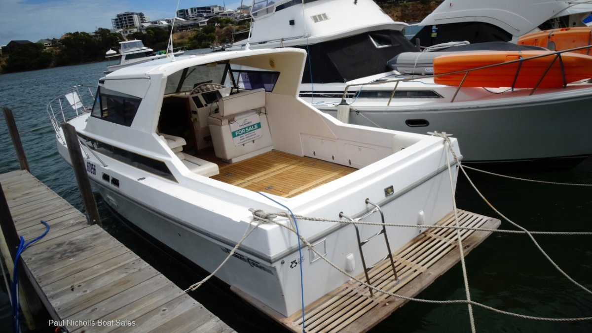 Thomascraft 35 Sports Cruiser RECONDITIONED ENGINES AND READY FOR SUMMER!!