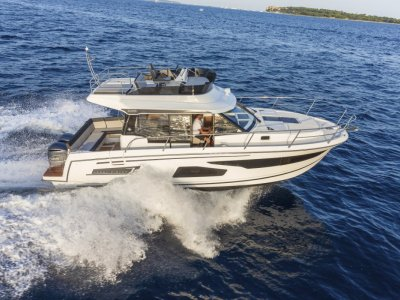 Jeanneau Merry Fisher 1095 Flybridge