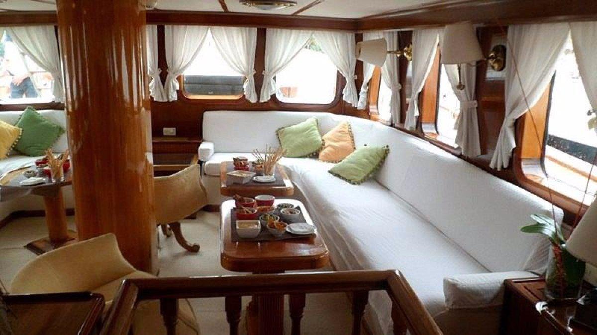 33m Sailing Ship