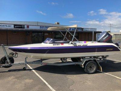 Stejcraft Ski Boat