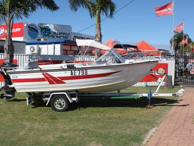 Savage 500 Bay Cruiser Runabout