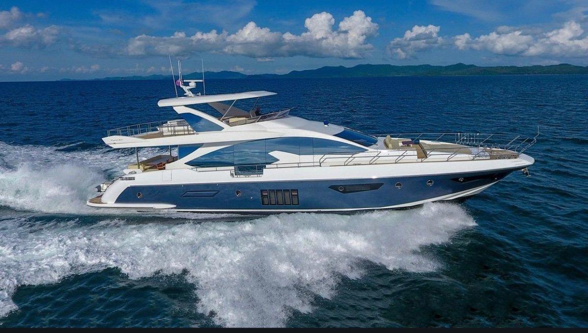 Azimut 80 Luxury Yacht