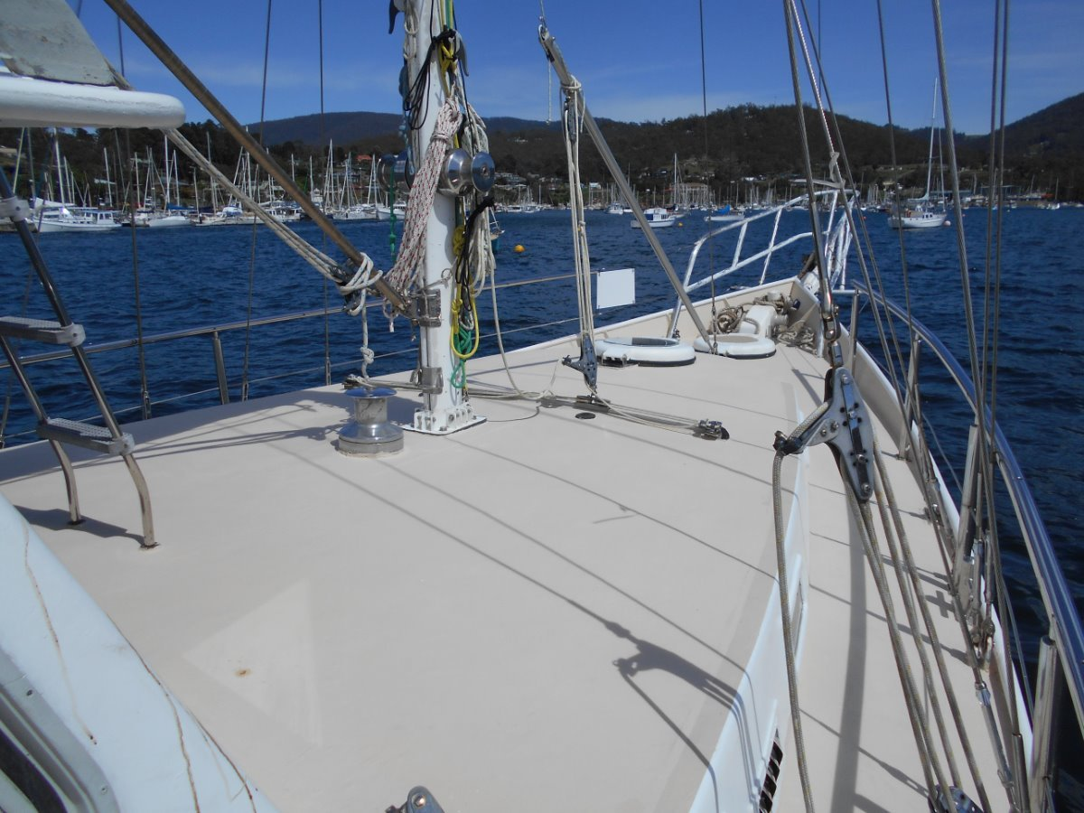 Roberts 53 EXCELLENT FIT OUT, GREAT LIVE ABOARD