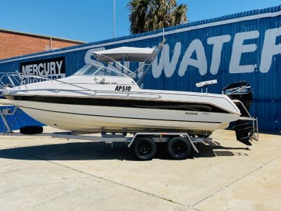 Mustang 2000 Tournament Solid Honest Boat **Won't Last**