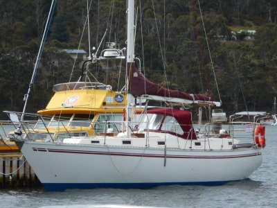 Martzcraft 35 HIGH QUALITY YACHT WITH EXCELLENT LAYOUT