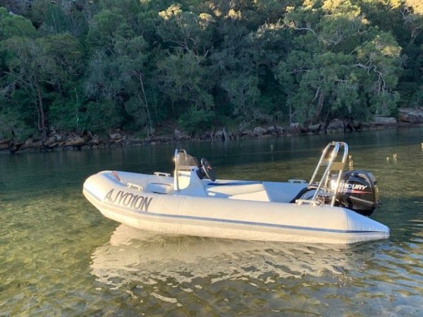 Ballistic 3.3 Centre Console with Mercury 20hp 4 stroke