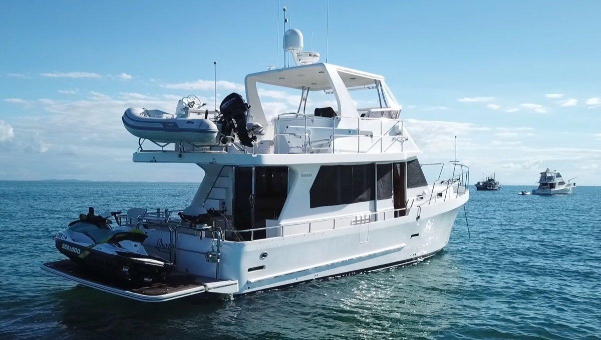 Clipper Cordova 45 Flybridge Motor Yacht