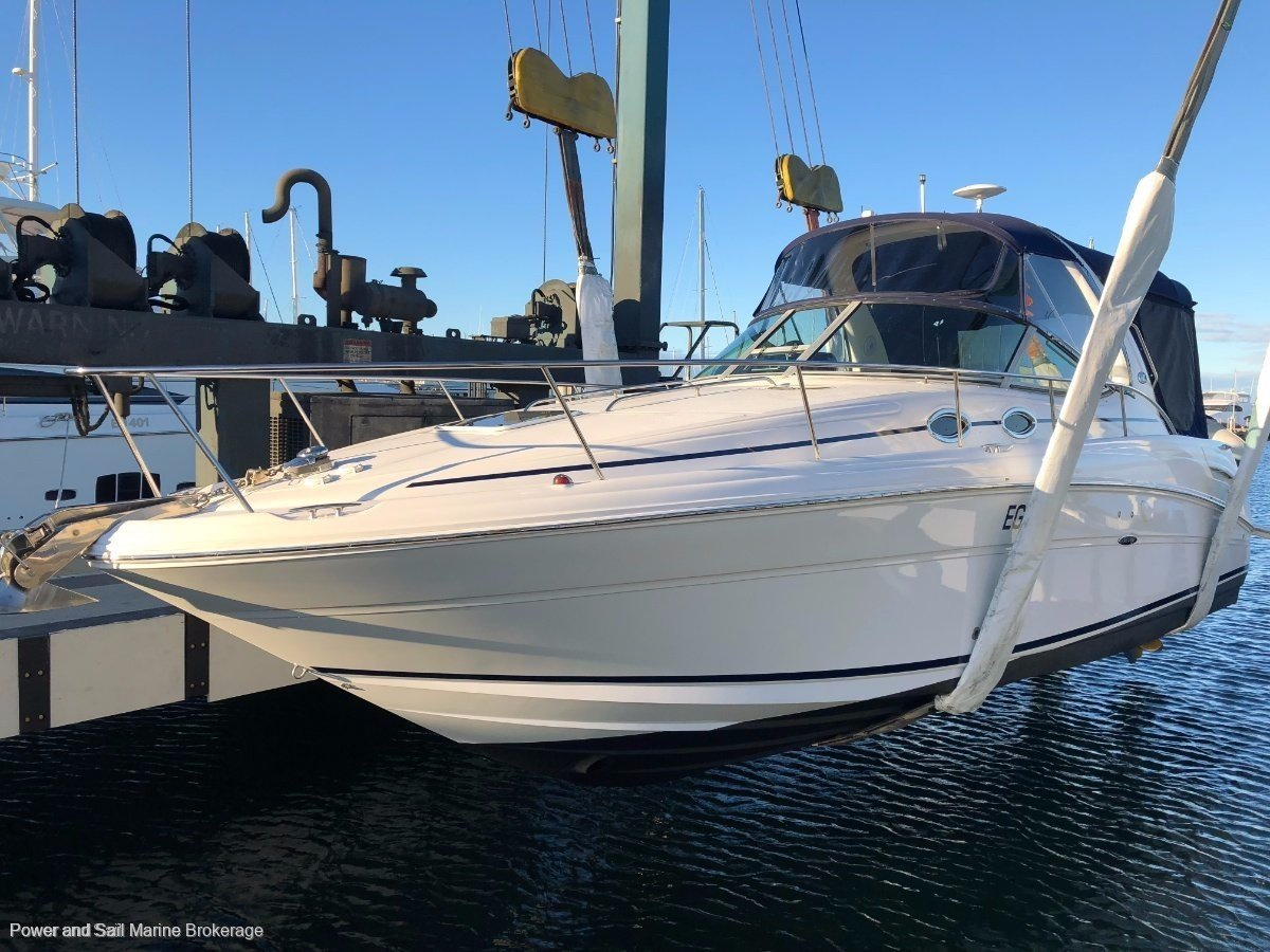 Sea Ray 335 Sundancer Just serviced motor & legs and near new Genset!!