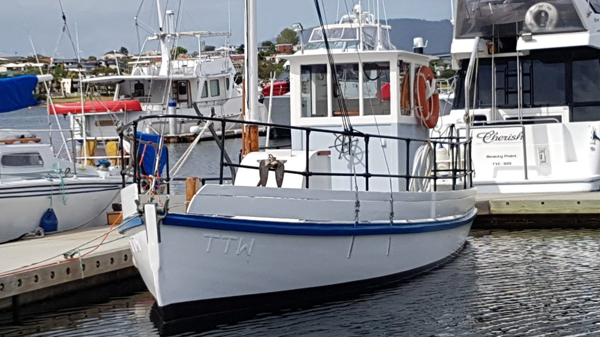 Tassie fishing boat. Price reduced, keen vendor.