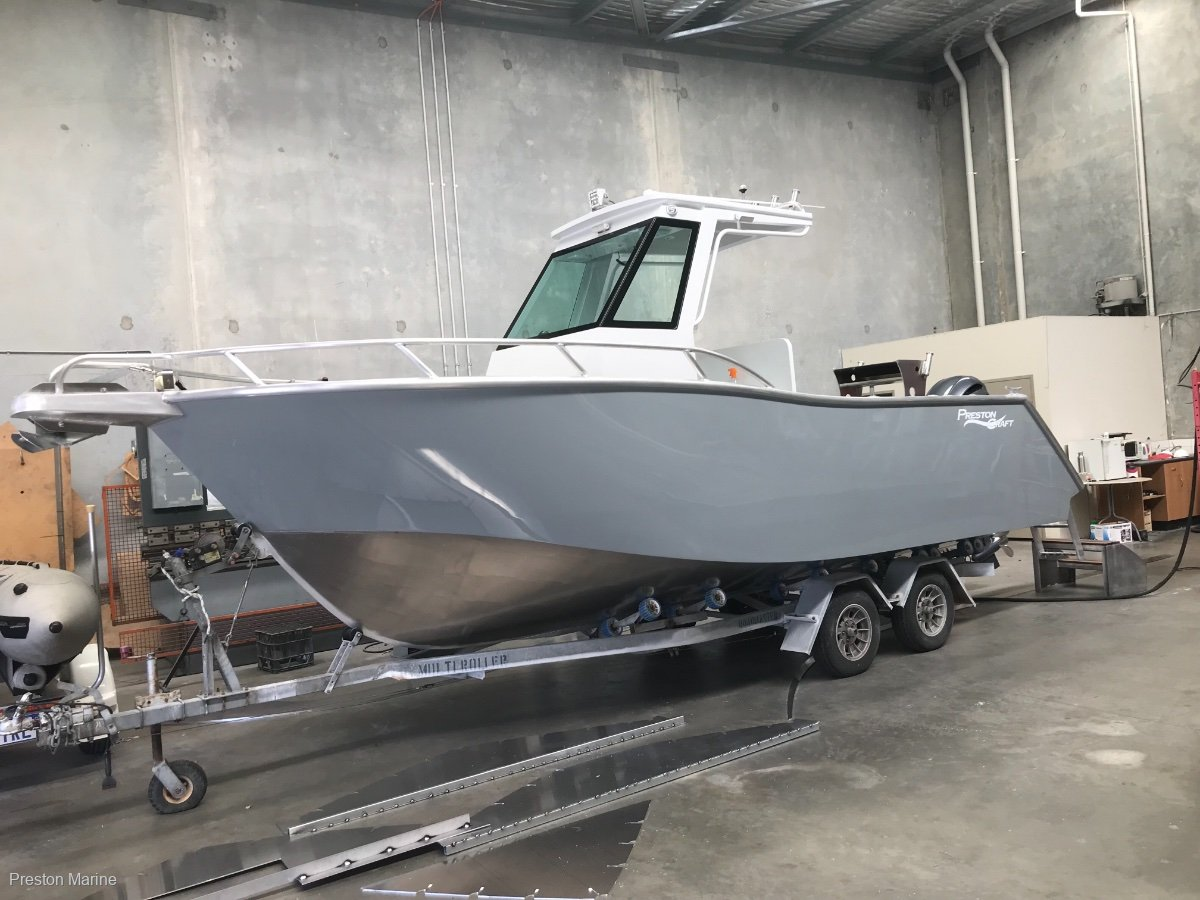 New Preston Craft 740 Centre Console Hard Top For Sale Boats For Sale Yachthub