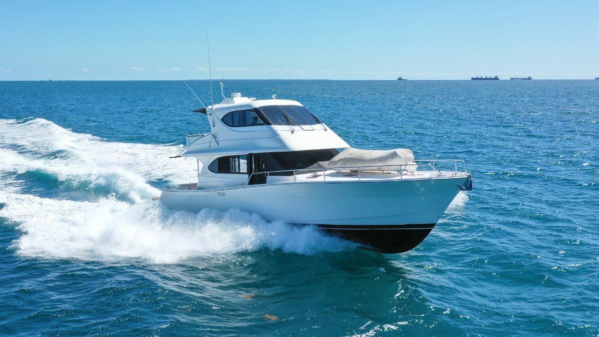 Maritimo 52 Cruising Motor Yacht *PRESENT ALL OFFERS*