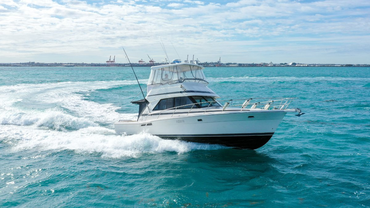 Riviera 39 Flybridge Platinum