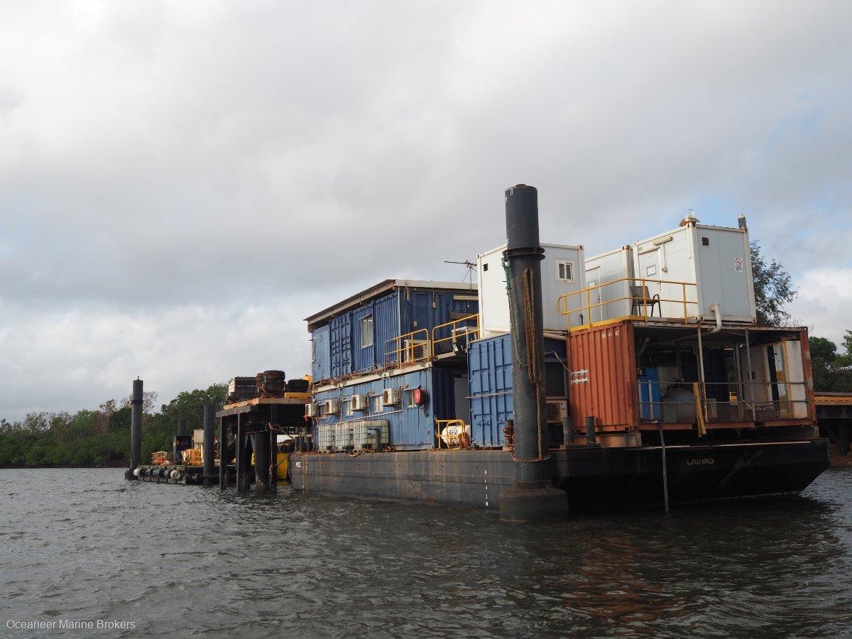 20.52m Accommodation Barge