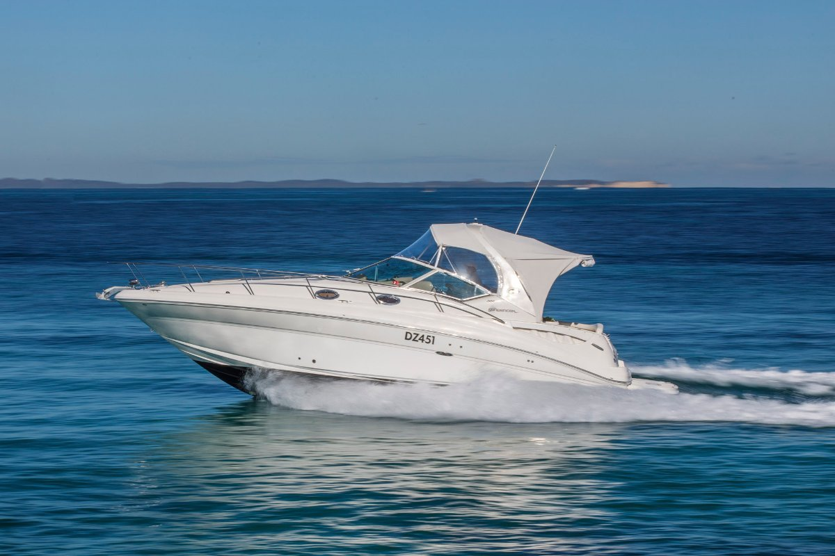 Sea Ray 355 Sundancer - Beautifully maintained and presented