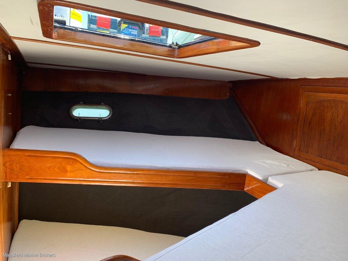Laguna 42 Flybridge