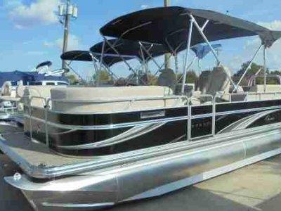 Qwest Pontoon Boat Latest Model Avanti 821