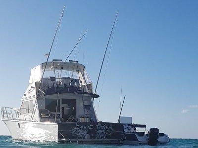 Precision 45 Flybridge Cruiser